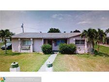 120 Home Place Ct, Pahokee, FL 33476