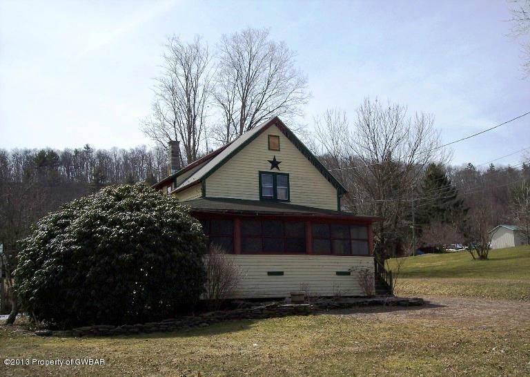 1074 State Route 239, Huntington Mills, PA 18622
