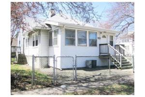 131 Fayette St, Quincy, MA 02170