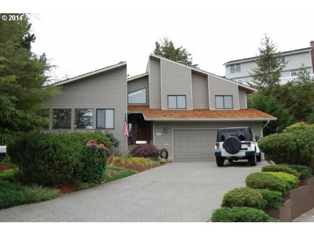 2058 cedar ct north bend or 97459 home for sale and