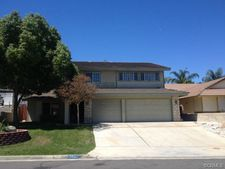 30407 White Cove Ct, Canyon Lake, CA 92587