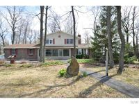 841 Up Hill Rd, Moore Township, PA 18038