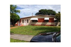 4411 SW 40th St, West Park, FL 33023