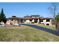 6636 Purcell Rd, Belleville, WI 53508