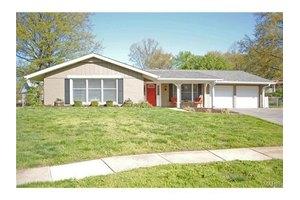5505 Fireridge Ct, St Louis, MO 63129