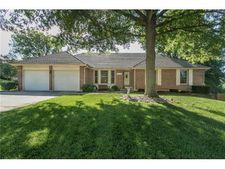 17601 W 70th St, Shawnee, KS 66217