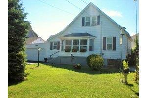 165 Alexander Ave, Bridgeport, CT 06606