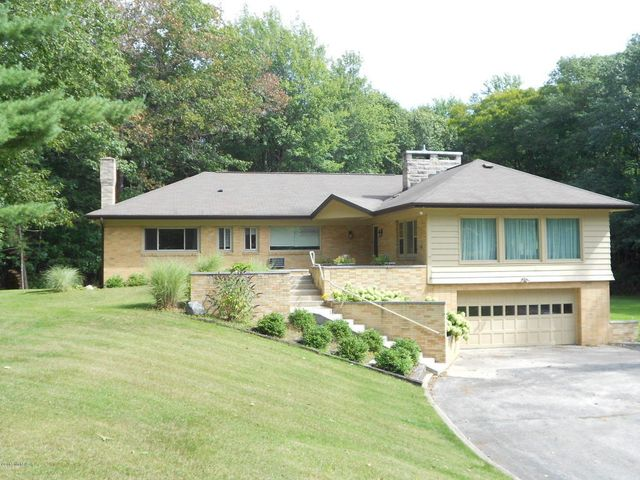 1686 n lakeshore dr ludington mi 49431 home for sale and real estate listing