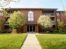 7800 W 89th St Apt 203, Hickory Hills, IL 60457