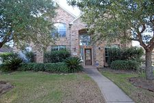 3808 Travis Lake Ct, Pearland, TX 77581