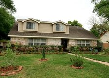 7814 Twin Hills Dr, Houston, TX 77071