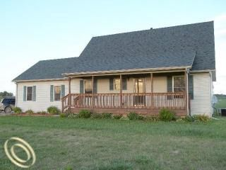 470 N Doran Rd, Imlay City, MI