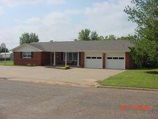 701 W Grant St, Dimmitt, TX 79027
