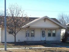 606 W 29th St, Kearney, NE 68845