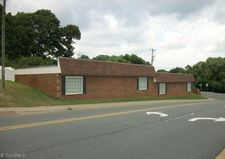 1098 Hutton St, Winston Salem, NC 27103