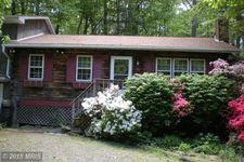 125 Timber Ln, Bendersville, PA 17306