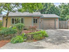 2540 Ne Saratoga St, Portland, OR 97211