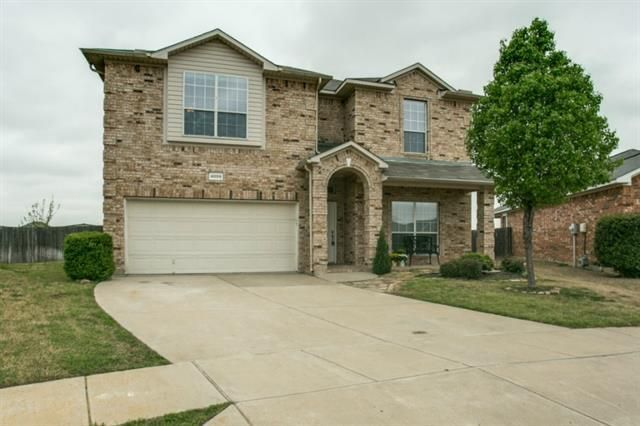 4005 Claymore Ln Fort Worth, TX 76244