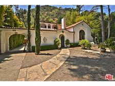 1715 Benedict Canyon Dr, Beverly Hills, CA 90210