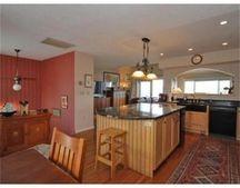 21 Harbourside Rd, Quincy, MA 02171