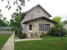 316 1St Ave Sw, Hankinson, ND 58041