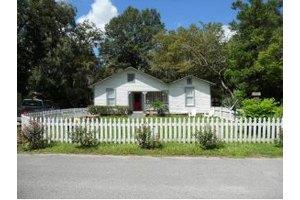 326 SE 2nd St, Williston, FL 32696