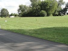 450 Top Quality Dr, Horse Cave, KY 42749