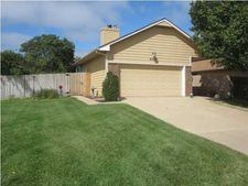 6404 E Pepperwood Ct, Wichita, KS 67226