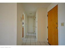 554 Silas Deane Hwy Apt A12, Wethersfield, CT 06109