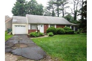 574 Prospect St, Glen Rock Boro, NJ 07452