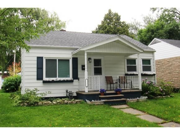1135 S Greenwood Ave Green Bay Wi 54304