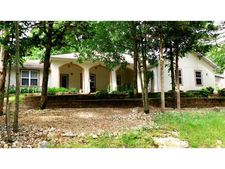 11 Saint Andrews Ln, Holiday Island, AR 72631