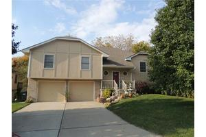 1124 N Ponca Dr, Independence, MO 64056