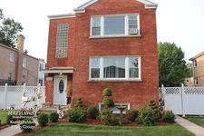10331 Chaucer St, Westchester, IL 60154