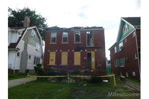 415 Eastlawn St, Detroit, MI 48215