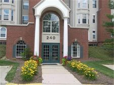 240 Fox Hollow Dr Apt 112, Mayfield Heights, OH 44124