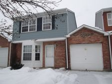 1476 Oxford St, Carol Stream, IL 60188