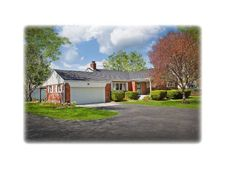 7936 Mann Rd, Indianapolis, IN 46221