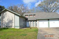 237 Wedgewood St, Lake Jackson, TX 77566