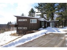 661 Jewett Rd, Hopkinton, NH 03229