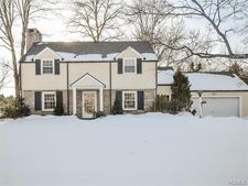 250 Mamaroneck Rd, Scarsdale, NY 10583