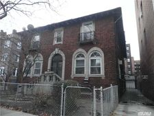 2831 University Ave, Out Of Area Town, NY 10468
