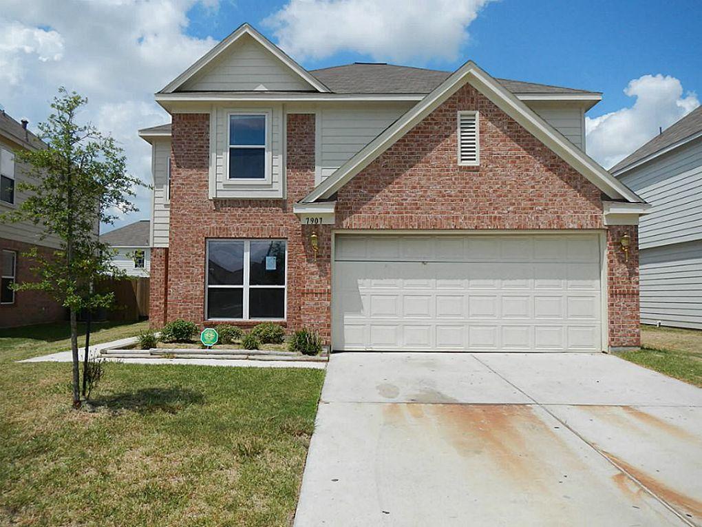 7907 Sesame St, Baytown, TX 77521