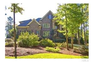 3513 Eilla Bluffs Ct, Raleigh, NC 27606