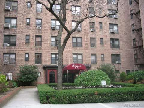 83-05 98 St Unit 6N Woodhaven, NY 11421
