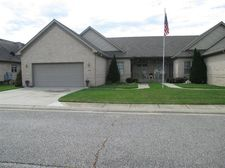 306 Carnation St Ne, Demotte, IN 46310