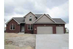 16109 Forest Edge Dr, Findlay, OH 45840