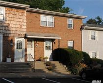 5 Anchorage Ln # 3Bln, Oyster Bay, NY 11771
