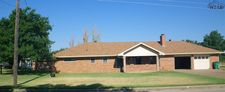 515 N Oak St, Archer City, TX 76351