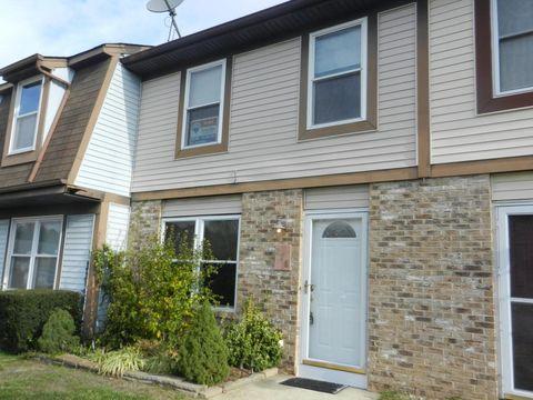 278 Greenwood Loop Rd, Brick, NJ 08724